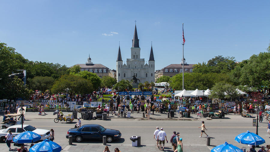 Jackson Square Crowd