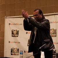 Billy Dee thanks the crowd