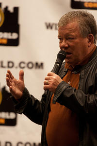 Shatner takes audience questions